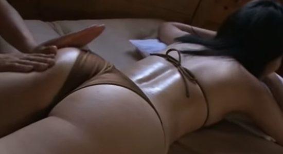 古崎瞳 おっぱいからお尻まで丁寧にマッサージされます