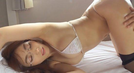 森咲智美 エロマッサージでお尻を揉まれてよがっちゃいます