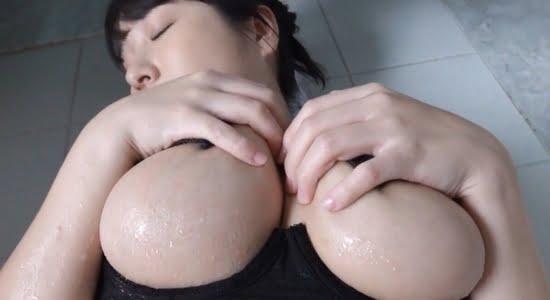 桐山瑠衣 下半身をシャワーで打たれてアヘ顔になります