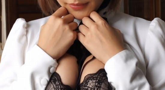 COCO エロメイドがセクシーな黒下着で挑発してきます