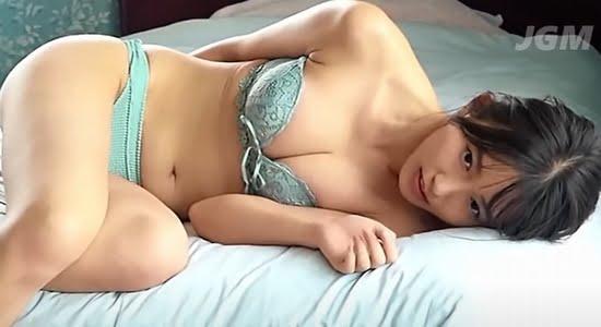 志田音々 水着や下着で見せる抜群なスタイルの健康美